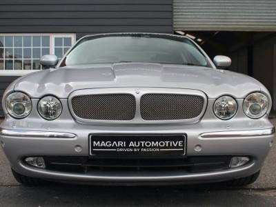 Jaguar Xjr Super